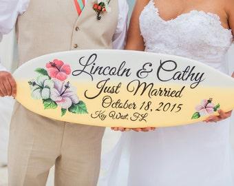 Just Married Surfboard Hibiscus Wedding Decor, Wooden Guest book Idea, Beach Wedding Decor