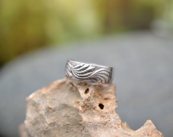 Sterling Silver Textured Leaf Band Ring