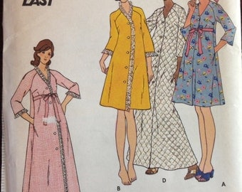 Butterick 3416 - 1970s Fast and Easy Tent Shaped Robe with Bell Sleeves in Mid Knee or Maxi Length - Size 16 Bust 38