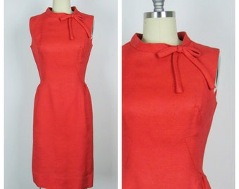 Vintage 1960s Dress / 60s Tangelo Fitted Linen Dress / Small to Medium