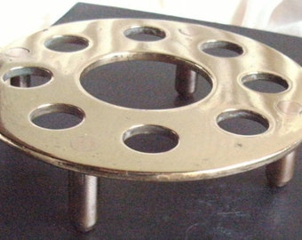 EDWARDIAN (Poss.Vic),Vintage.unusual,very heavy for size (287g) solid brass top/poss.copper(pinkish metal)4-legged TRIVET stand.One owner.