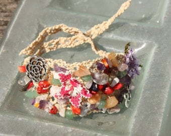 Natural stone bracelet - purple and pink flower