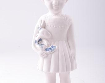 Porcelain Clonette Doll – Open Mind Vase Top