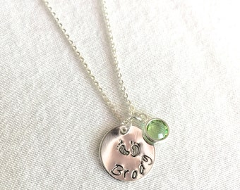 Personalized Mother's Necklace, New Mom Necklace, New Baby Necklace, Name Disc Necklace, Baby Feet Necklace, Customized Necklace, Large Disc