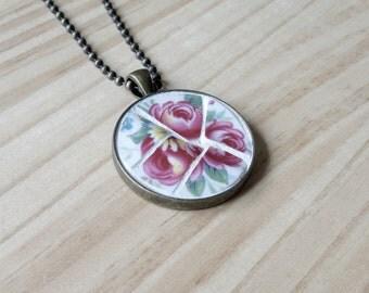 Broken China Jewellery, Vintage China Mosaic Pendant Necklace, Mosaic Art, Bronze Ball Chain Necklace,