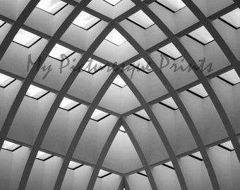 symmetric pattern, ceiling in shopping mall in berlin, Germany, Black and white