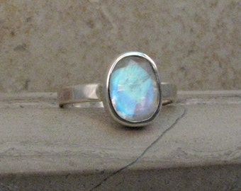 Faceted Moonstone Ring - Rainbow Moonstone Ring in Sterling Silver - Hammered Silver Band Blue Moonstone Ring in Size 6.5