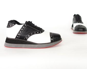 Free Shipping! Splendid Sneaker