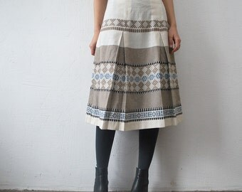 SALE...70s ethnic pattern hippie skirt. woven pastel skirt. 70s midi skirt - medium