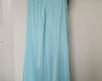 Vintage 1980s Vanity Fair Pin Tucked Aqua Mint Nighty - Medium