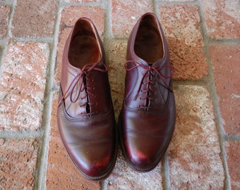 Vinatge Mens 9e Handmade Rich Burgundy Leather Lace Up Oxfords Oxford Round Toe Dress Shoes Suit Wedding Hipster Mad Men Fall Autumn Fashion