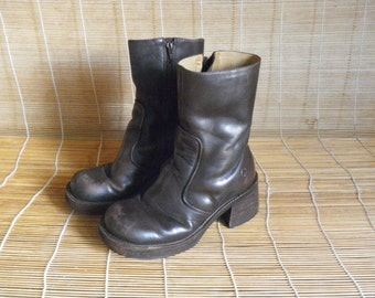 Vintage Lady's Brown Leather Chunky Heel Platform Ankle Boots Size EUR 35 US Woman 5 1/2