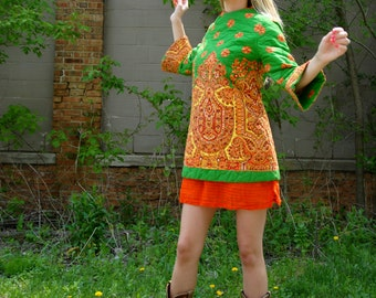 Colorful paisley mini dress, orange yellow green red, bell sleeves top, 1960s, XS S petite