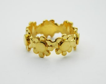 Gold Plated Daisy Band