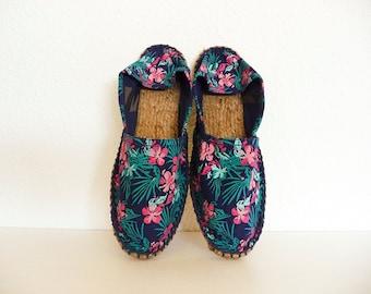Navy Espadrilles. Tropical print. Size 37 Eur. Floral shoes. Tropical shoes. Floral print shoes. Summer shoes.