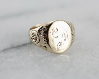 Antique EM Monogram Signet Ring in Yellow Gold 2Y364E-P