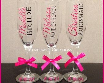 FAST SHIPPING-Personalized Wedding Champagne Flutes for Bride and Bridesmaids
