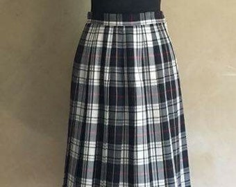 Vintage  Black Plaid Wool Pleated Skirt