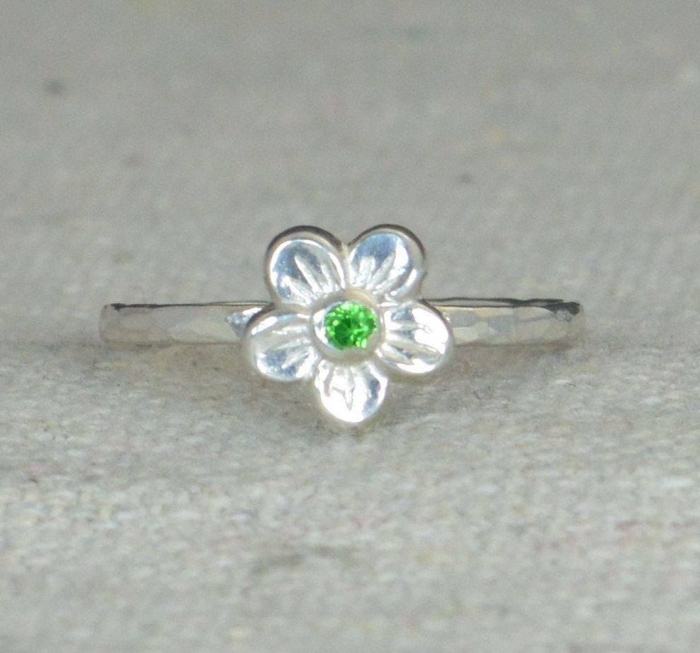 emerald flower ring flower ring floral ring emerald ring