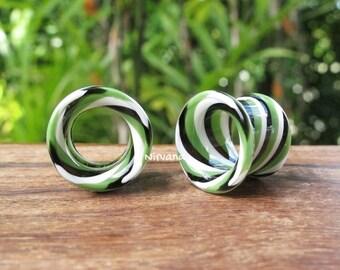 """Jade Black & White Twist Tunnels Pyrex Glass 6g 4g 2g 0G 00g 7/16"""" 1/2"""" 9/16"""" 5/8"""" 4 mm 5 mm 6 mm 8 mm 10 mm 12 mm 14 mm and up  (25.4 mm)"""