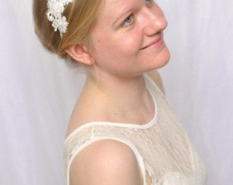 Ivory Lace Bridal Headband, Simple Floral Lace Headpiece / Vintage, Boho / Olivia