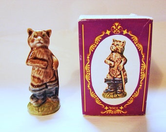 Wade Figurine Puss in Boots Large Wade Nursery Rhyme Figurines, Wade Figurine, Large Wade Whimsies with box
