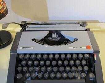 Typewriter, Vintage Typewriter, Vintage, Olivetti Tropical, Working Typewriter, Grey Color, Made in Brazil, Olivetti Shoulder Bag, 1960s,