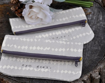 Bridesmaid clutch set of 5 bridesmaid gift bridal clutch wedding clutch purse bags and purses personalized clutch bridal party gift
