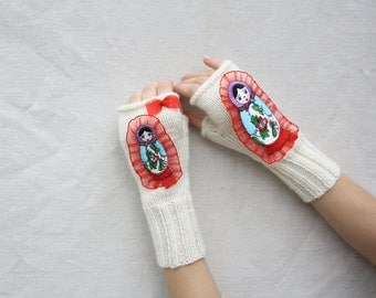 Fingerless gloves Knitted Fingerless Mittens white girls hand warmers Russian Doll knit gloves hand knit arm warmers winter accessories