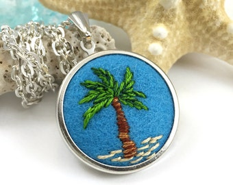 Palm Tree Necklace, Florida Necklace, Beach Jewelry, Palm Tree Pendant, Tropical Necklace, Beach Necklace, Tropical Jewelry, Beach Gift