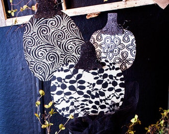 SALE!! Lace Pumpkin Trio /Black & White Pumpkins-Set of 3/Wreath Supplies/Halloween-Fall Decor/F8043