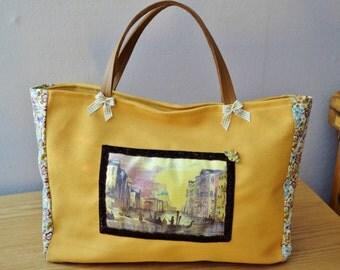 Yellow bag, Venice
