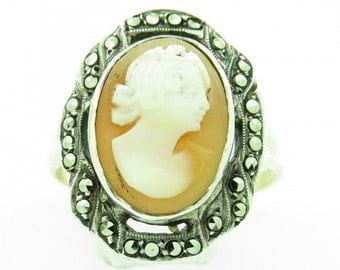 Vintage 9ct gold Cameo Ring (SKU351)