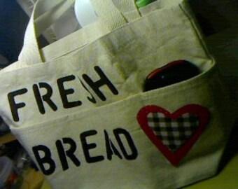 Tote Fresh Bread