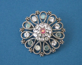 Vintage rhinestone and glass brooch c1950