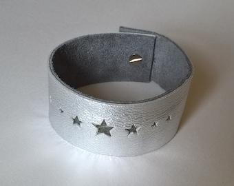 Star punched Cuff. Hand Made Leather cuff. Crinkle silver calf leather.
