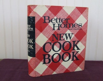 Better Homes and Gardens New Cook Book, Vintage Cookbook, 1972