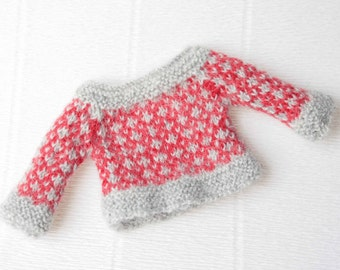 Red grey blythe sweater Ornament doll sweater Jacquard blythe sweater Red doll outfit Grey blythe clothes Miniature knit Blythe cardigan