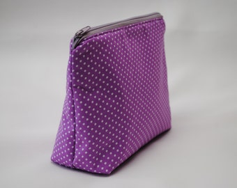 Purple dotted cosmetic bag / makeup bag