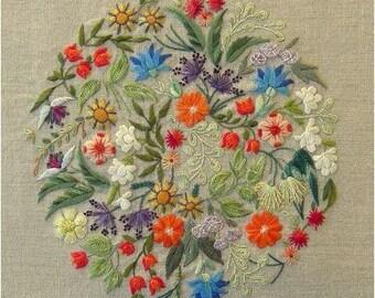 Floralies - canevas folies embroidery kit