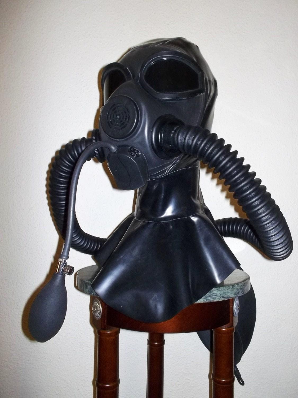 Latex Gas Mask Fetish 5