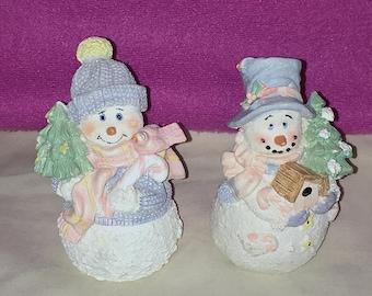 K's Collection Snowman Snowmen Holding Christmas Tree Bird Birdhouse Figurines