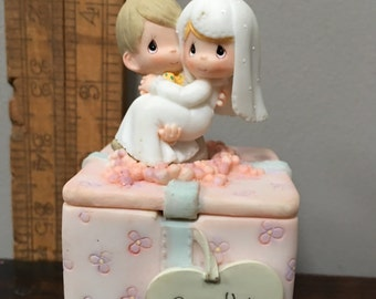 Collectible Precious Moments By Unesco 1999  Cake Topper, Ring Keeper, Trinket Box, Collector Trinket Box by Precious Moments