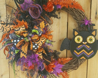Free Shipping-Halloween Bat Mesh Wreath-Halloween Grapevine Floral Wreath-Halloween Grapevine Door Wreath-Halloween Mesh Wreath