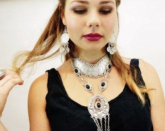 AI 047 Gypsy Beachy Chic necklace