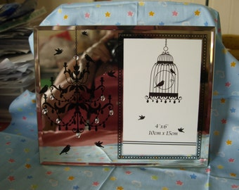 Silhouette Chandelier Photo Frame