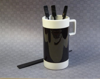 Braniff Airlines Ceramic Coffee Cup with Stirrers