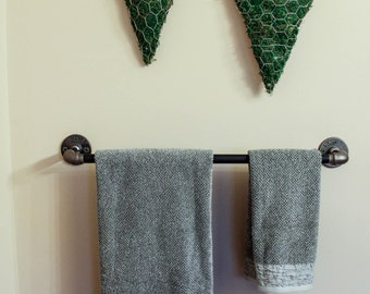 Industrial Towel Rack/Galvanized Pipe Towel Rack/Pipe Towel Rack/Industrial Bathroom Decor/Bathroom Decor/Pipe Rack
