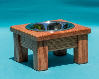 """Elevated Dog/Cat Feeder 4"""", With Single One Pint Stainless Steel Bowl"""