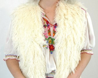 ON SALE Vintage Cream Shaggy Knit Hippie Bohemian Vest Coat